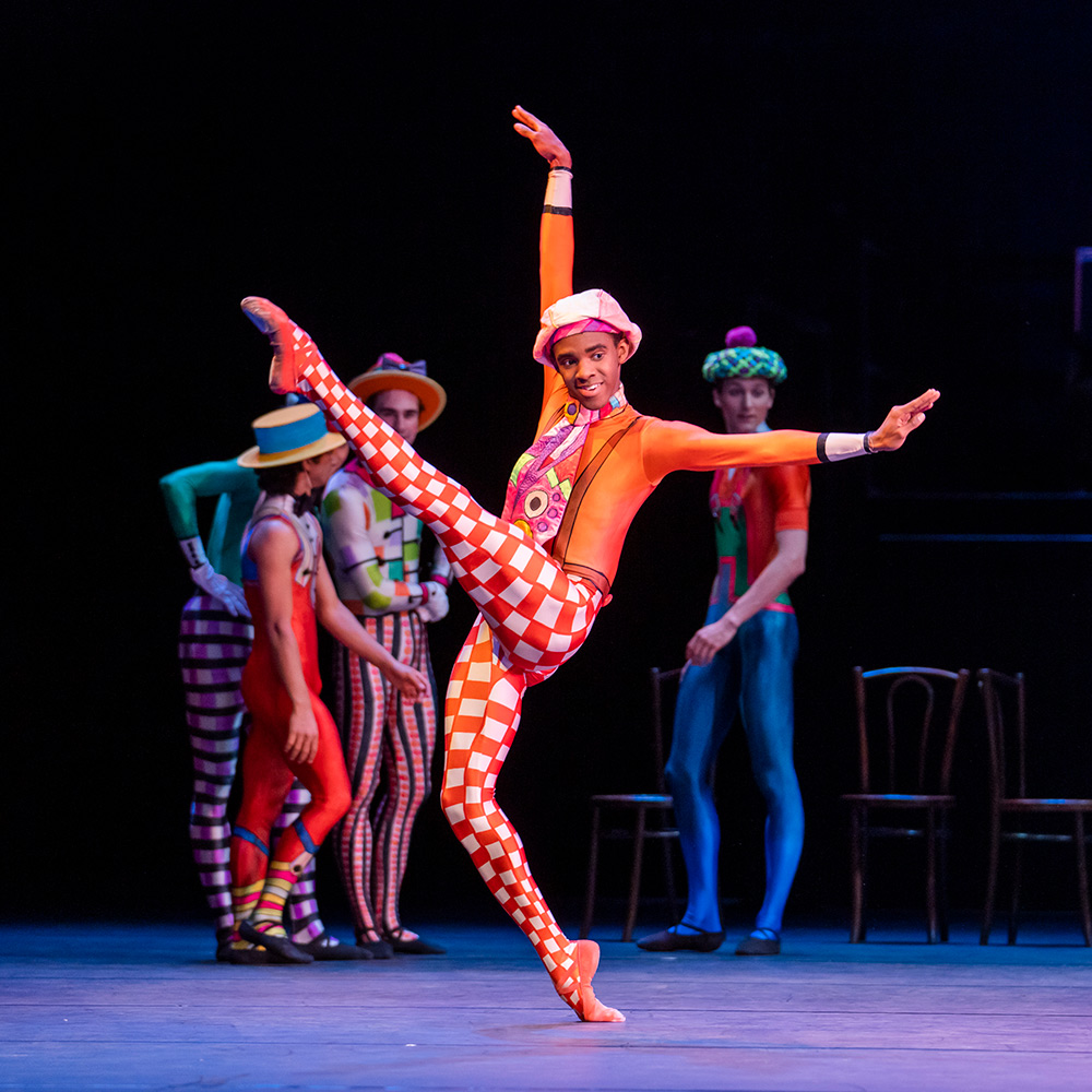 Eric Pinto Cata in Kenneth MacMillan's Elite Syncopations.© Tristram Kenton. (Click image for larger version)