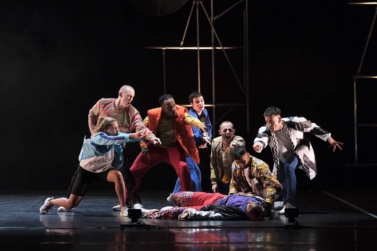 Rosie Kay Dance Company in Romeo + Juliet.© Brian Slater. (Click image for larger version)