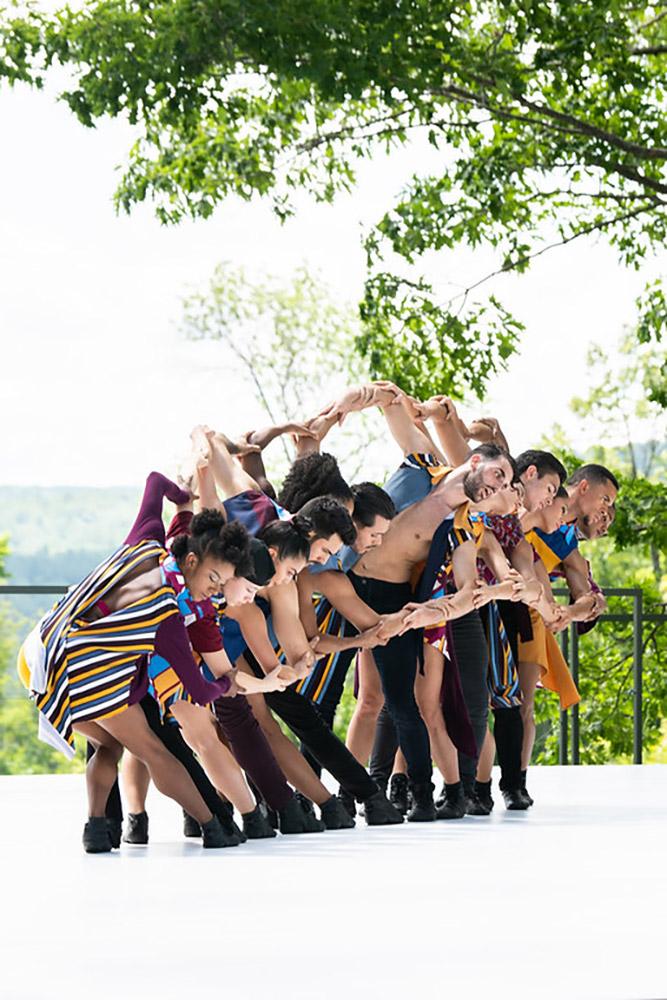 Ballet Hispanico in Tiburones.© Christopher Duggan. (Click image for larger version)
