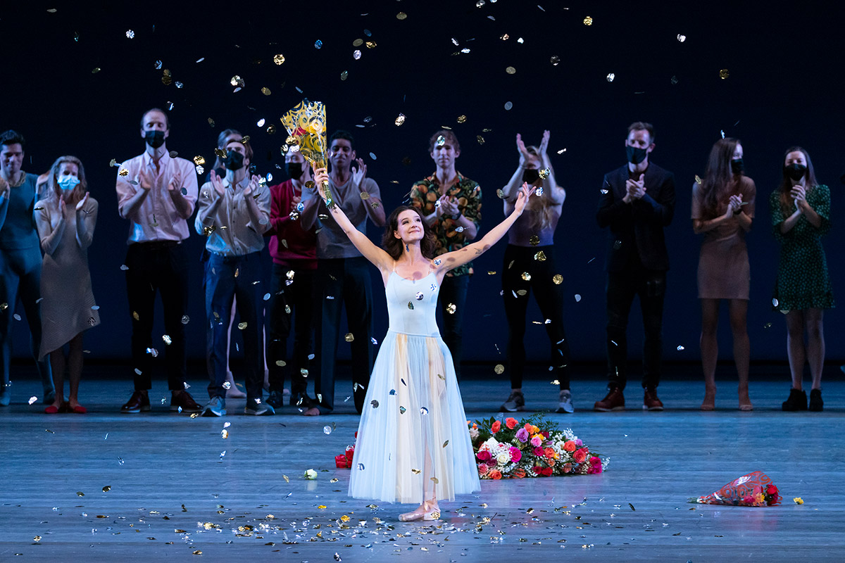 Lauren Lovette NYCB farewell curtain call.<br />© Erin Baiano. (Click image for larger version)