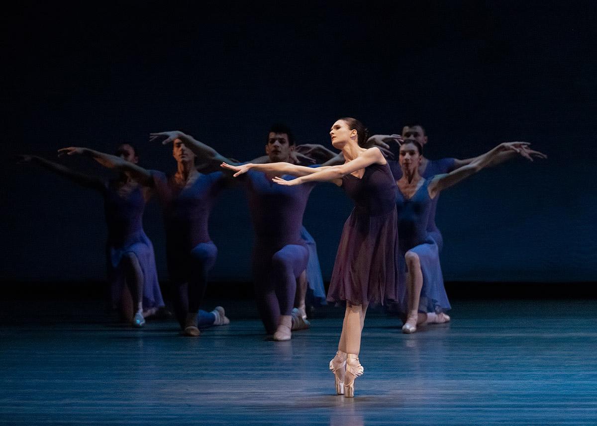 Lauren Lovette in <I>Opus 19/The Dreamer</I>.<br />© Erin Baiano. (Click image for larger version)